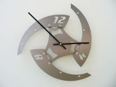 Modern wall #clocks from Etsy. #design