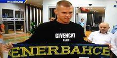 Fenerbahçe'nin yeni transferi Martin Skrtel Geyikleri
