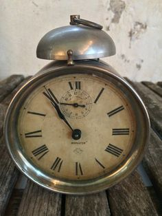 Vintage Alarm Clock by savvycityfarmer on Etsy, $35.00