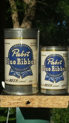 "Original 12 oz. 1950 PBR w/ ""mini "" novelty , bank top can"