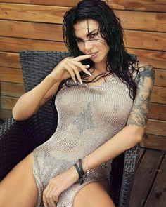 Tattoos and girls #tattoo
