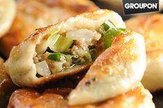 【蔥阿伯】famous pork spring-onion pie in Taiwan ~ These are heavenly!