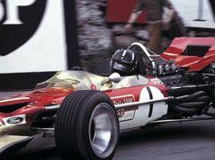 Graham Hill (Lotus-Ford 49B) vainqueur du Grand Prix de Monaco 1969 - UK Racing History.