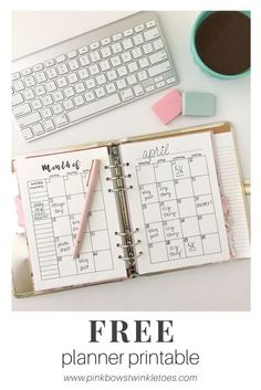 Free monthly calendar planner printable - perfect for planners, mini binders, and Mini Happy Planners - monthly view calendar freebie - instant dig Monthly Planner Printable, Free Printable Calendar, Free Planner, Planner Pages, Planner Stickers, Binder Planner, Planner Ideas, Pink Planner, Agenda Planner