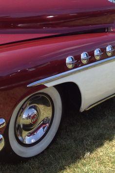 Buick Roadmaster Retro Cars, Vintage Cars, Antique Cars, Buick Roadmaster, Buick Skylark, Old Classic Cars, Classic Trucks, Rat Rods, Automobile