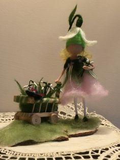 Nadel Filz Fairy Waldorf inspirierte Schneeglöckchen von DreamsLab3