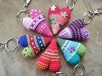 2000 Free Amigurumi Patterns: Crocheted heart