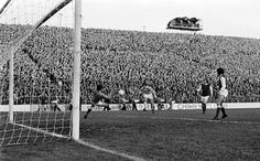 Hibernian 0 Celtic 2 in Jan 1975 at Easter Road. Dixie Deans heads a goal for Celtic in the Scottish Cup 3rd Round tie.