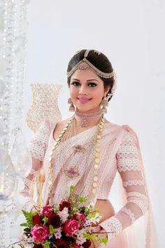 Tips For Planning The Perfect Wedding Day – Cool Bride Dress Bridal Sari, Bridal Wedding Dresses, Red Wedding, Indian Bridal, Wedding Bride, Srilankan Wedding, Bridesmaid Saree, Kerala Bride, Bridal Dress Design