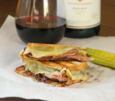 Gourmet Sandwiches, Sandwich Recipes, Philly Cheese Steak Sandwich, Fontina Cheese, Grilled Cheese Recipes, Juicy Steak, Yummy Food, Yummy Yummy, Delicious Meals