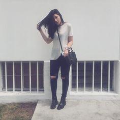 """Julia Levenstein no Instagram: """"eu literalmente só tenho essa roupa"""""""