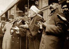 10 Kasım anısına Atatürk'ün daha önce görülmemiş fotoğrafları /25 Foto Galeri Haberi Radikal'de.Birbirinden ilginç türkiye fotoğrafları için hemen tıklayın!