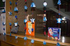 Decoracion Navidad 2013. Reciclando guías de lectura y carteles