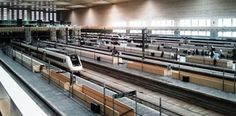 Renfe vende un millón de billetes tras bajar los precios del AVE #Transporte