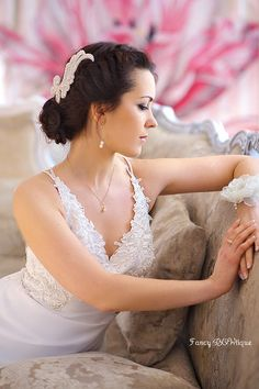Beaded bridal headpiece Great Gatsby themed by FancyBOWtiqueBridal, £25.00