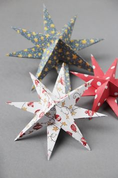 Looking for an easy diy Christmas decoration? These pretty paper stars are easy to make and look stunning. Thread on a piece of cotton and hang from the ceiling or prop up on a mantle for a festive fireplace. Diy Christmas Star, Origami Christmas Tree, Paper Christmas Ornaments, Diy Christmas Decorations Easy, Paper Decorations, Holiday Crafts, Christmas Holidays, Christmas Trees, Diy Christmas Arts And Crafts