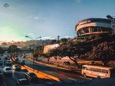Te presentamos la selección: <<FOTO DEL DÍA>> en Caracas Entre Calles. ============================ F O T Ó G R A F O >> @filo.angelo << Visita su galeria ============================ SELECCIÓN @luisrhostos TAG #CCS_EntreCalles ================ Team: @ginamoca @luisrhostos @teresitacc @floriannabd ================ #Venezuela #Instavenezuela #Gf_Venezuela #GaleriaVzla #Ig_GranCaracas #Ig_Venezuela #IgersMiranda #Great_Captures_Vzla #InstaloVenezuela #IgCaracas #Instapro_Ve #Loves_Venezuela…