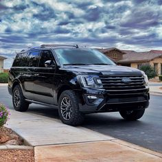 Find your NEW Ford Explorer, Mustang, Escape, Edge or Expedition in Edinburg Texas! Hacienda Ford is minutes away from McAllen! Suv Trucks, Cool Trucks, Top Suvs, New Ford F150, Lincoln Aviator, Ford Excursion, Ford Expedition, Black Beauty, Cars And Motorcycles