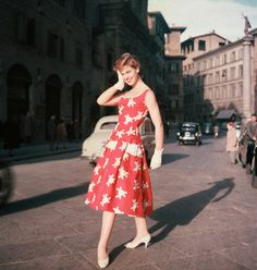 https://flic.kr/p/9M3PgG | Florence 1955 | A model shows off a dress by American fashion designer Irena Roublon.  Image by © David Lees/CORBIS