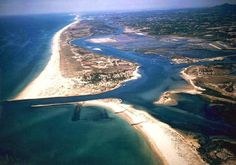 """Ria Formosa (meaning """"beautiful river"""") was first connection, the first ever thing we saw and clicked while landing in Portugal's Faro Airport. Considered as one of the """"7 Natural Wonders of Portugal"""", Ria formosa is a protected natural park since … Continued"""