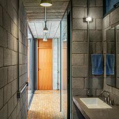 10-banheiro-blocos-de-concreto-instalação-externa