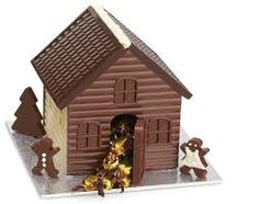 Make a triple treat chocolate house without the gingerbread Chocolate House, Christmas Chocolate, Christmas Sweets, Chocolate Treats, Chocolate Lovers, Christmas Stuff, Gingerbread House Template, Gingerbread House Designs, Gingerbread Houses