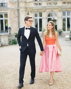 I love taking guest photos at weddings this one was in France it's @juliahengel & her handsome hubby @margoandme 's wedding. Two goals : go back to France to shoot a wedding and at some point wear a dress this cool to an event  by janawilliamsphotos_