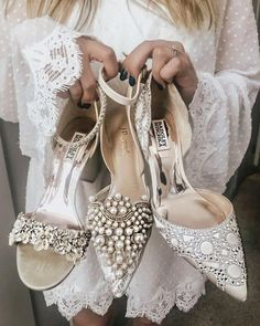 The Bridal Fashion Week for 2019 has come and gone, and it did not disappoint. Unique Wedding Shoes, Pink Wedding Shoes, Wedding Boots, Bridal Shoes, Chic Wedding, Wedding Bride, Types Of Gowns, Traditional Gowns, Bridal Skirts