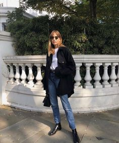 fall fashion outfits - Winter Outfits for Work Fashion Guys, Fall Fashion Outfits, Womens Fashion For Work, Look Fashion, Casual Outfits, Fashion Weeks, Fashion Fashion, Fashion Trends, Denim On Denim