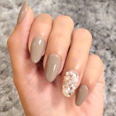 Neutral Pedicure Silver Glitter 65 New Ideas