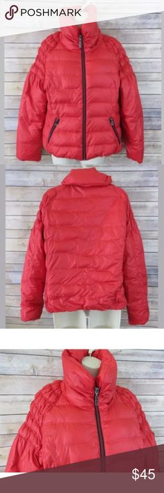 """Guess red down puffer jacket Guess womens red puffer down jacket - Size Large No flaws to note  100% polyester 55% Down/45% Filler   Armpit to Armpit: 22"""" Shoulder to hem: 21"""" Guess Jackets & Coats Puffers"""