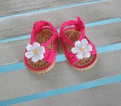 Baby Shoes Handmade Crochet Sandals Daisy Infant Kids Baby Shower Gift - Hot Pink with Daisy
