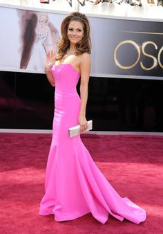 Maria Menounos looking beautiful carrying Daniel @Swarovski silver crystal Famous clutch. #Oscars2013 #redcarpet