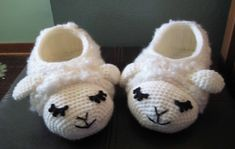 Ravelry: Sheepy Slippers by Brenda K. B. Anderson