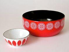 Vintage Scandinavian Style Red Enamelware Bowl by ScissorsAndSpice, $18.00