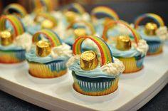 Pot of gold cupcakes.