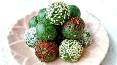 Raw energy balls, bars and bites are some of the easiest and quickest desserts/snacks to make. Seriously, they take less than 10-15 minutes from start to finish, leaving you with delicious and nutritious treats you could enjoy guilt-free. Now, I'm taking nutritious to a whole new level with these Sp…