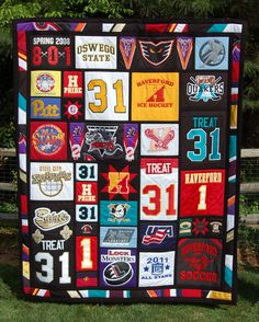 was a fun challenge! It was the first time I had made a quilt from ice hockey jerseys. I loved finding creative ways to use the great logos, patches and colorful sleeves from the jerseys in the quilt. Quilting Projects, Quilting Designs, Sewing Projects, Hockey Decor, Hockey Gifts, Jersey Quilt, Sports Quilts, Shirt Quilt, Fun Challenges