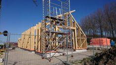 Bouwenmetstrobalen.nl - ecologisch verantwoord bouwen met strobalen kan architectuur worden Ecology, Utility Pole, Fair Grounds, Handmade, Travel, Animals, Design, Hand Made, Animales
