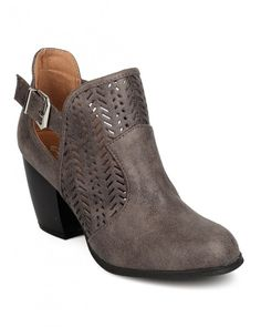 Women's and Girl's Shoes | Apparel | Accessories | Alrisco | Fashion…