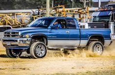 Gorgeous Truck! #truckporn #trucks #truck #4x4 #offroad #offroading Dodge Trucks Lifted, Lifted Cummins, Cummins Diesel Trucks, Dodge Ram Diesel, Dodge Ram Pickup, Ram Trucks, Chevy Trucks, Pickup Trucks, Second Gen Cummins