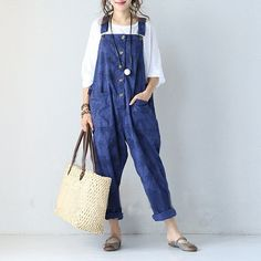 Latest trends for jumpsuits at BUYKUD online. You can buy the quality loose jumpsuits, which is good for you beach, park, travel and more. Cotton Jumpsuit, Casual Jumpsuit, Jumpsuits For Women, I Dress, Latest Trends, Overalls, Dressing, Vogue, Street Style
