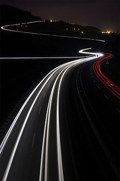 Operación retorno Light Trail Photography, Line Photography, Beauty Photography, Creative Photography, Widescreen Wallpaper, Wallpapers, Places To Travel, Places To Visit, Bridge Painting