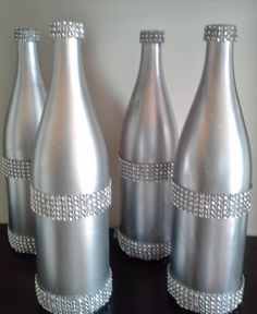 Pin by Cheryl Mae Briones on My Xmas wine bottle creations Reuse Bottles, Bottles And Jars, Plastic Bottles, Glass Bottles, 40th Birthday Decorations, New Years Eve Decorations, Glass Bottle Crafts, Wine Bottle Art, Diy Christmas Art