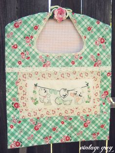 vintage grey: new items are here! Sweet Kittens Wash Day clothespin bag. This one is made to order and there are only two, so get one while you can!