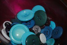 buttons for bouquets from ButtonsLoveMe Button Bouquet, Table Centerpieces, Wedding Bouquets, Buttons, Table Centers, Center Pieces, Bridal Bouquets, Wedding Brooch Bouquets, Wedding Bouquet