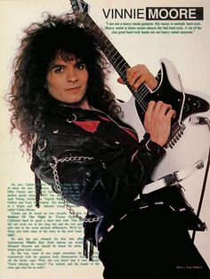 Vinnie Moore. Shredder with the most taste.   www.lessonator.com