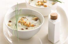 Aardappelcrème met groene kruiden en champignonolie - Lekker van bij ons !