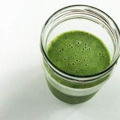 Green Life Elixir  Ingredients 1 handful(s) Lacinato (Dino) Kale ½ stalk(s) Celery ¼ small Cucumber 1 handful(s) Cilantro 1 inch Ginger 1 pinch Sea Salt ½ Lemon (juiced) 2 Strawberries Coconut Water to MAX LINE