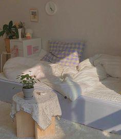 Cute Room Ideas, Cute Room Decor, Room Ideas Bedroom, Bedroom Decor, Bedroom Inspo, Pastel Room, Indie Room, Minimalist Room, Pretty Room